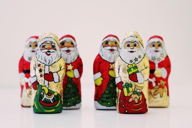 Santa clauses chocolate nicholas.