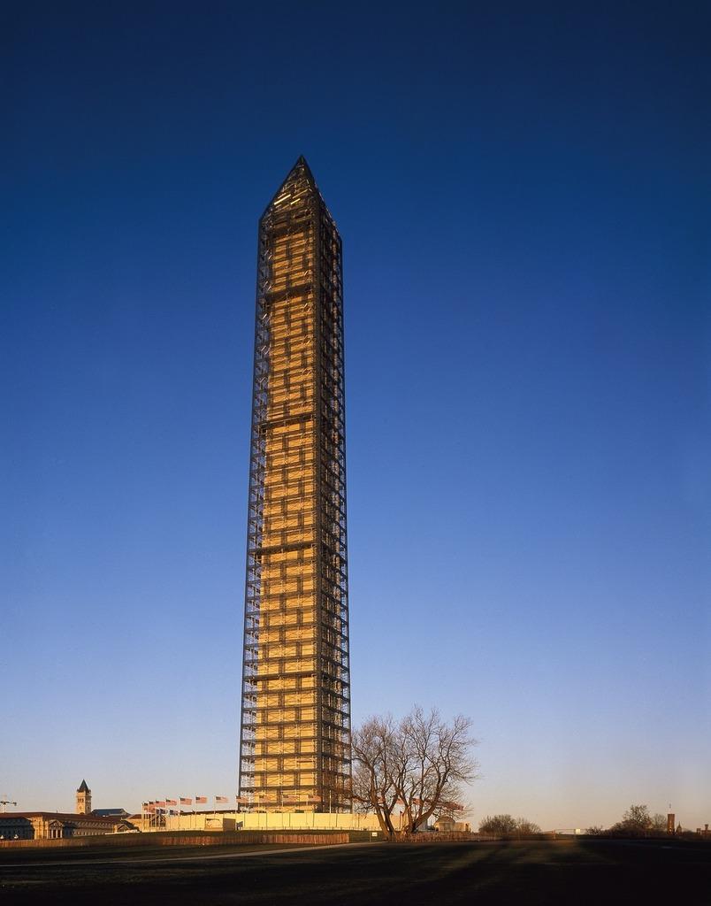 Scaffolding washington monument maintenance, places monuments.