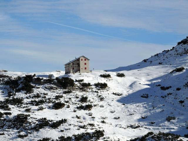 Scalorbi refuge mountain, nature landscapes.