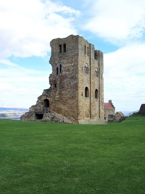 Scarborough castle ruin, places monuments.
