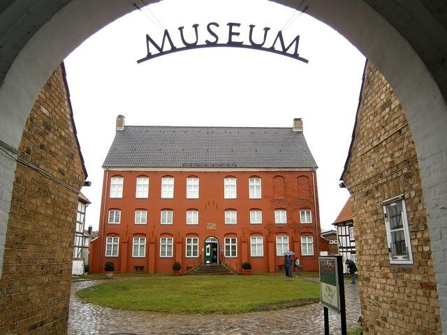 Schleswig museum mecklenburg, travel vacation.