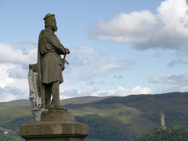 Scotland statue robert, architecture buildings.