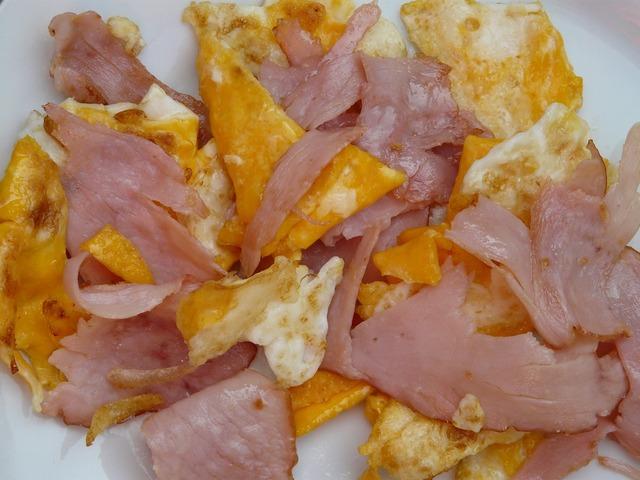Scrambled eggs ham egg, food drink.
