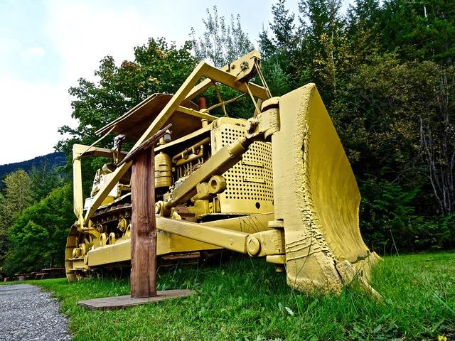 Scraper grader bulldozer, transportation traffic.