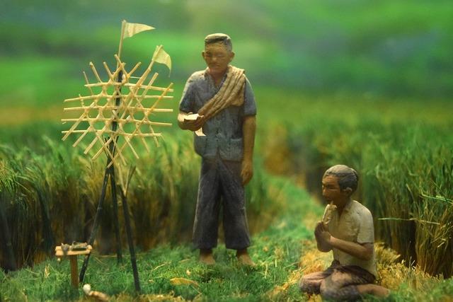 Sculpt farmer ceremony.