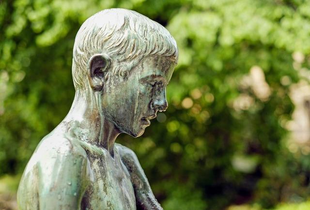Sculpture bronze child, people.