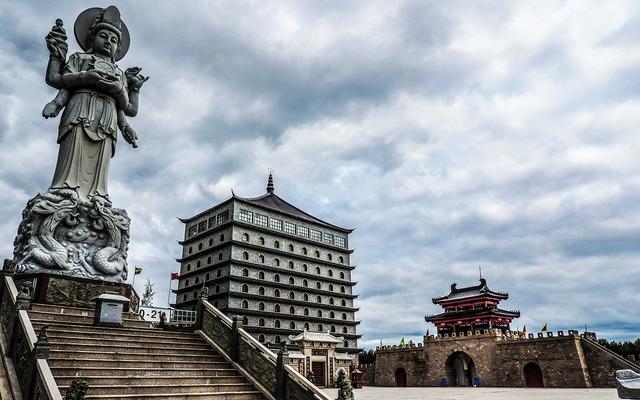 Sculpture goddess statue, architecture buildings.