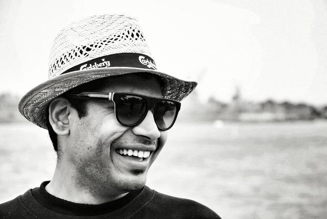 Sea hat smile, emotions.