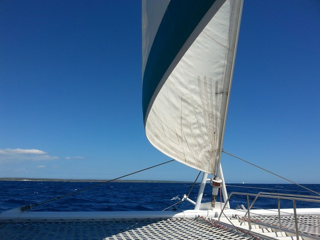 Sea sailing sailing boat.