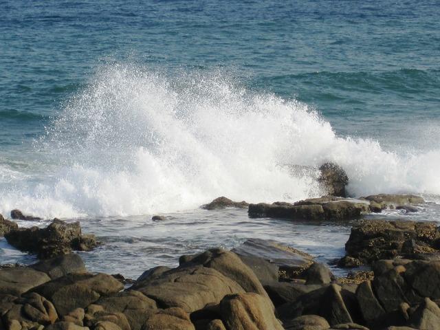 Sea water blue.