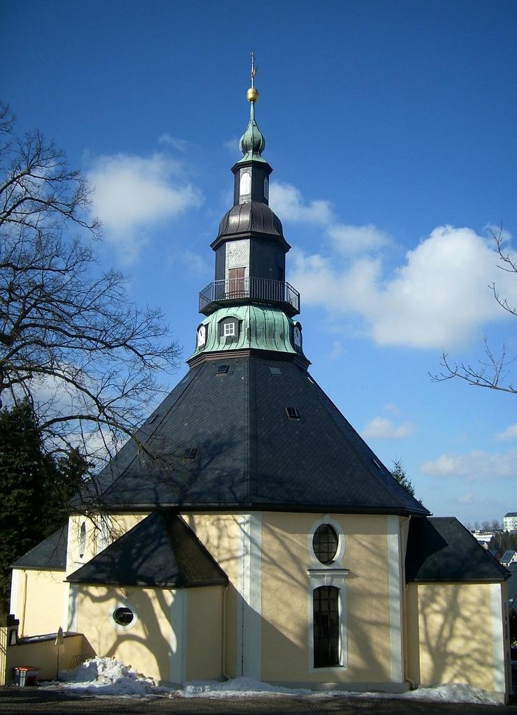 Seiffen church house of worship, religion.
