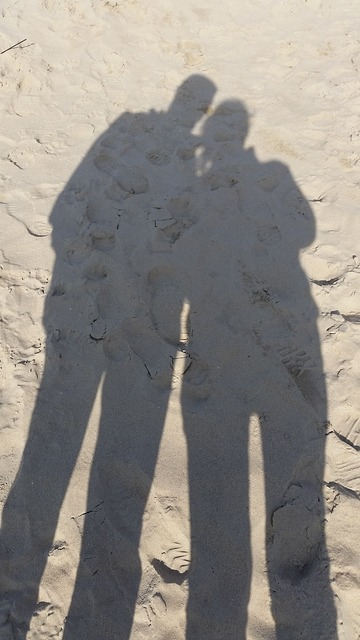 Shadow couple union, travel vacation.