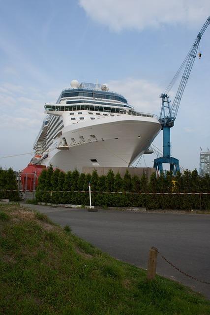 Ship large tourism, travel vacation.