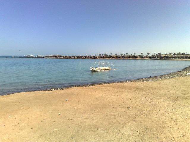 Ship wreck beach, travel vacation.