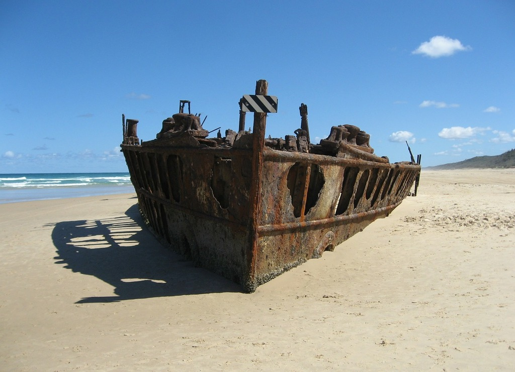 Ship wreck fraser island australia, travel vacation.