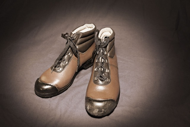 Shoes flea market old.