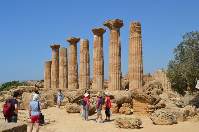 Sicily agrigento temple, religion.