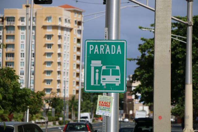 Signal stop bus, transportation traffic.