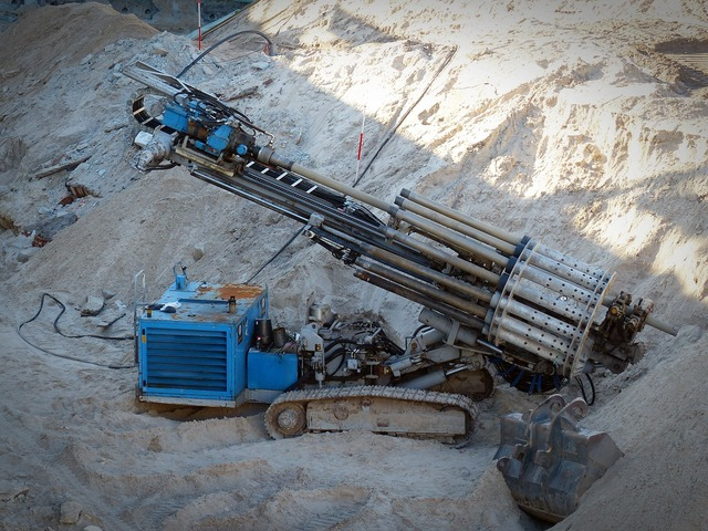 Site machine drilling, industry craft.