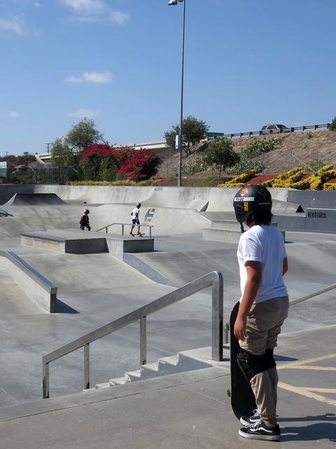 Skatepark skater teen, emotions.