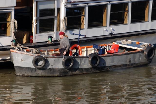 Skiff boatman river.