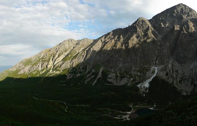 Slovakia vysoké tatry mountains.