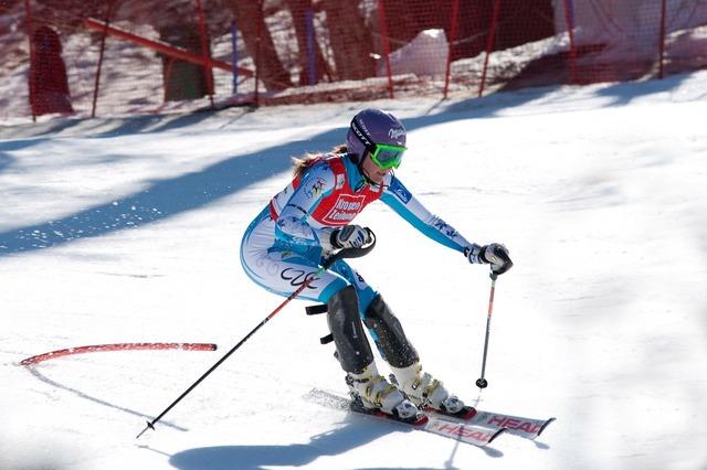 Snow ski sarka zahrobska, sports.