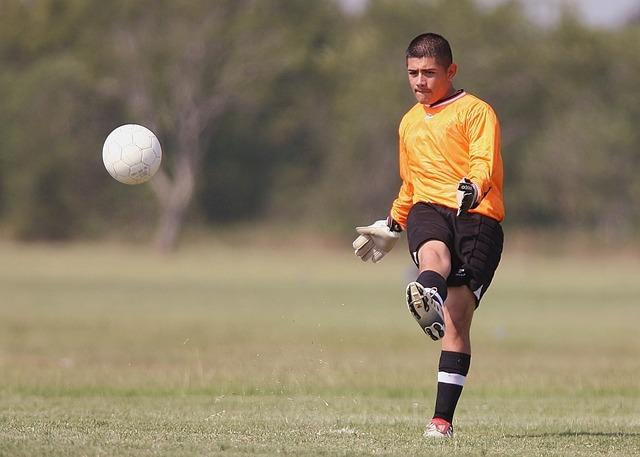 Soccer football player, sports.