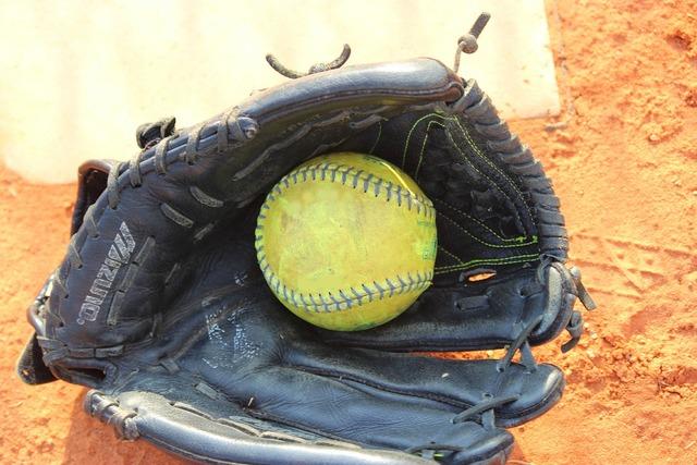 Softball ball play, sports.