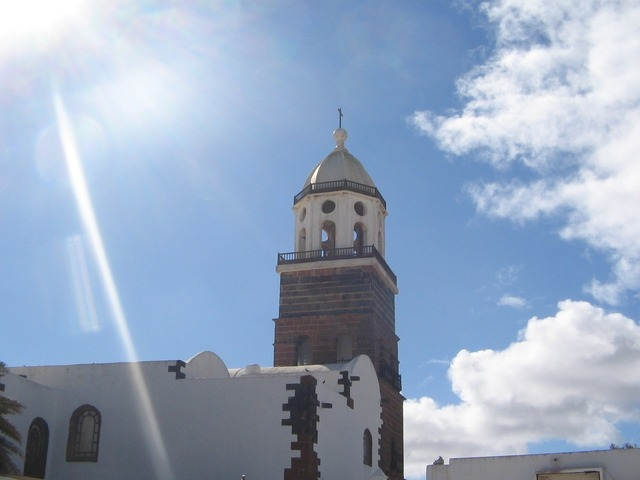 Spain lanzarote church, religion.