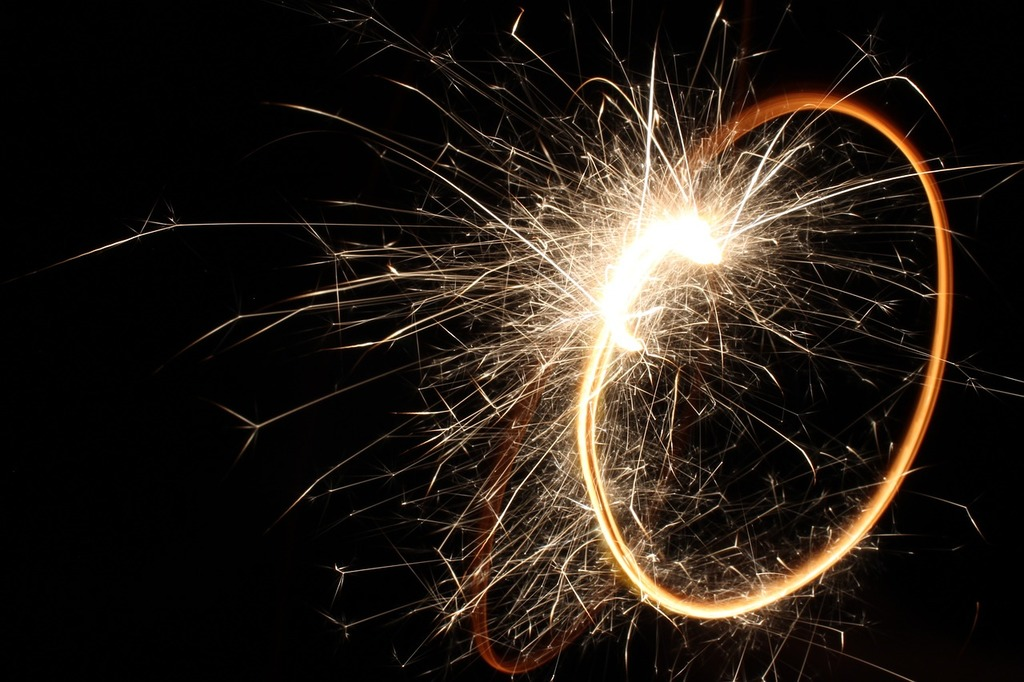 Sparkler 4th of july circle.