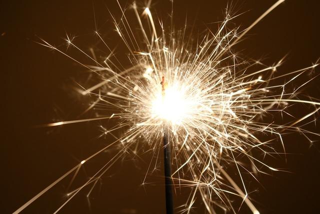 Sparkler sylvester light.