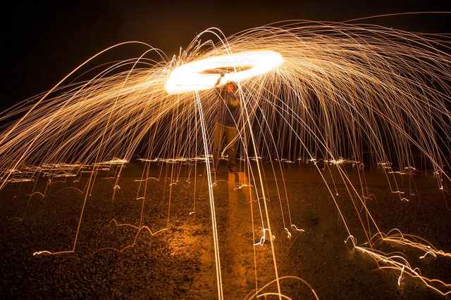 Sparks long exposure light.