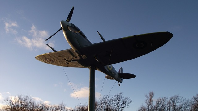 Spitfire aircraft memorial, places monuments.