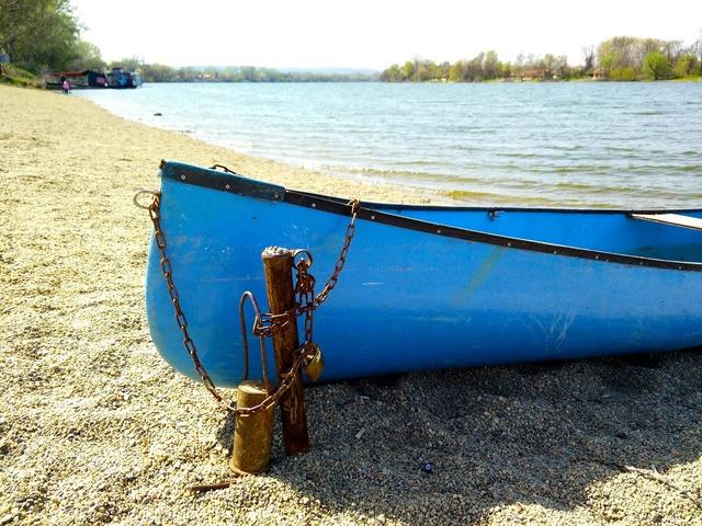 Srebrno jezero lake boat, travel vacation.