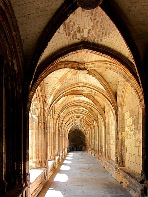St gatien cathedral cloitre de la psalette cloister, architecture buildings.
