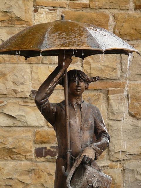Statue bronze umbrella, beauty fashion.