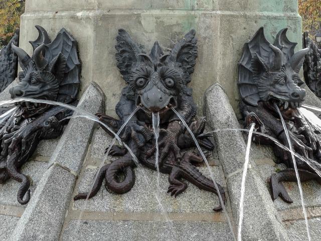 Statue devil demon.