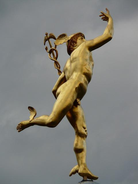 Statue golden figure, people.