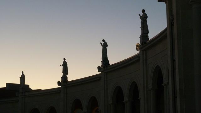 Statues silhouette building, architecture buildings.