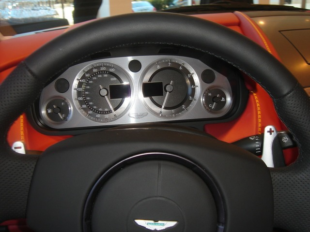 Steering wheel wheel aston, transportation traffic.