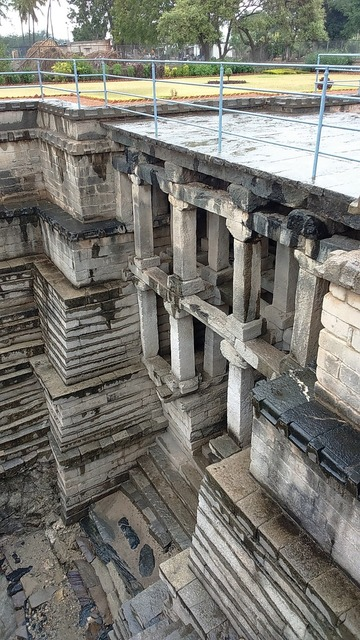 Stepwell muskin bhanvi manikesvara temple, architecture buildings.