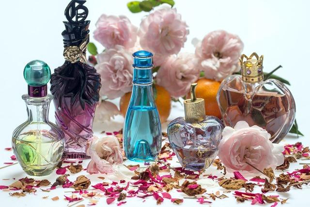 Still life roses perfume.