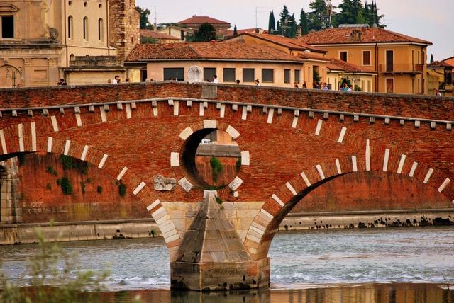 Stone bridge verona adige, architecture buildings.