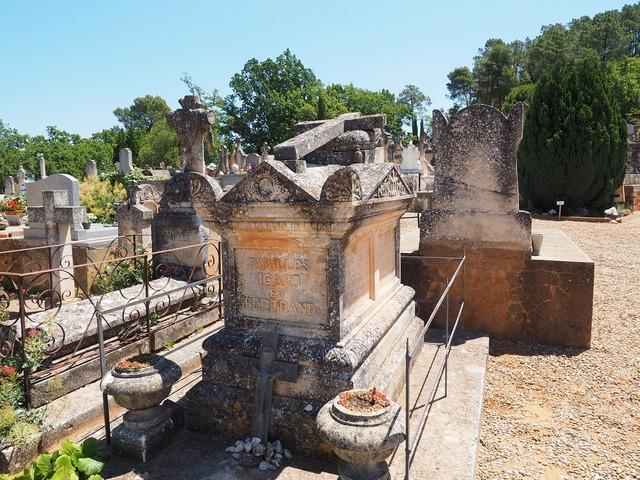 Stone grave coffin death, religion.