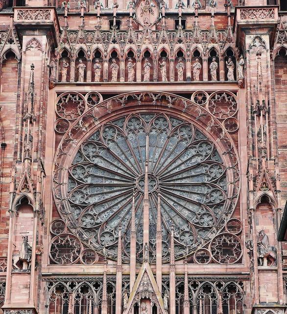 Strasbourg münster rosette, religion.