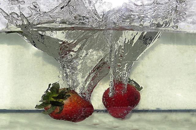 Strawberries water fruit, food drink.