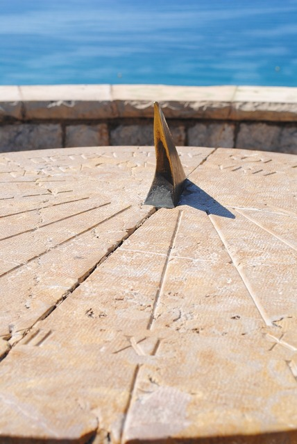 Sun dial tarragona tourist, travel vacation.