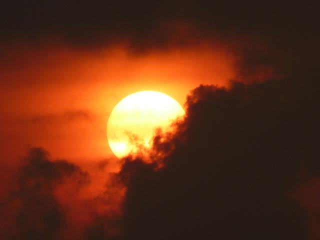 Sun fireball glow, travel vacation.