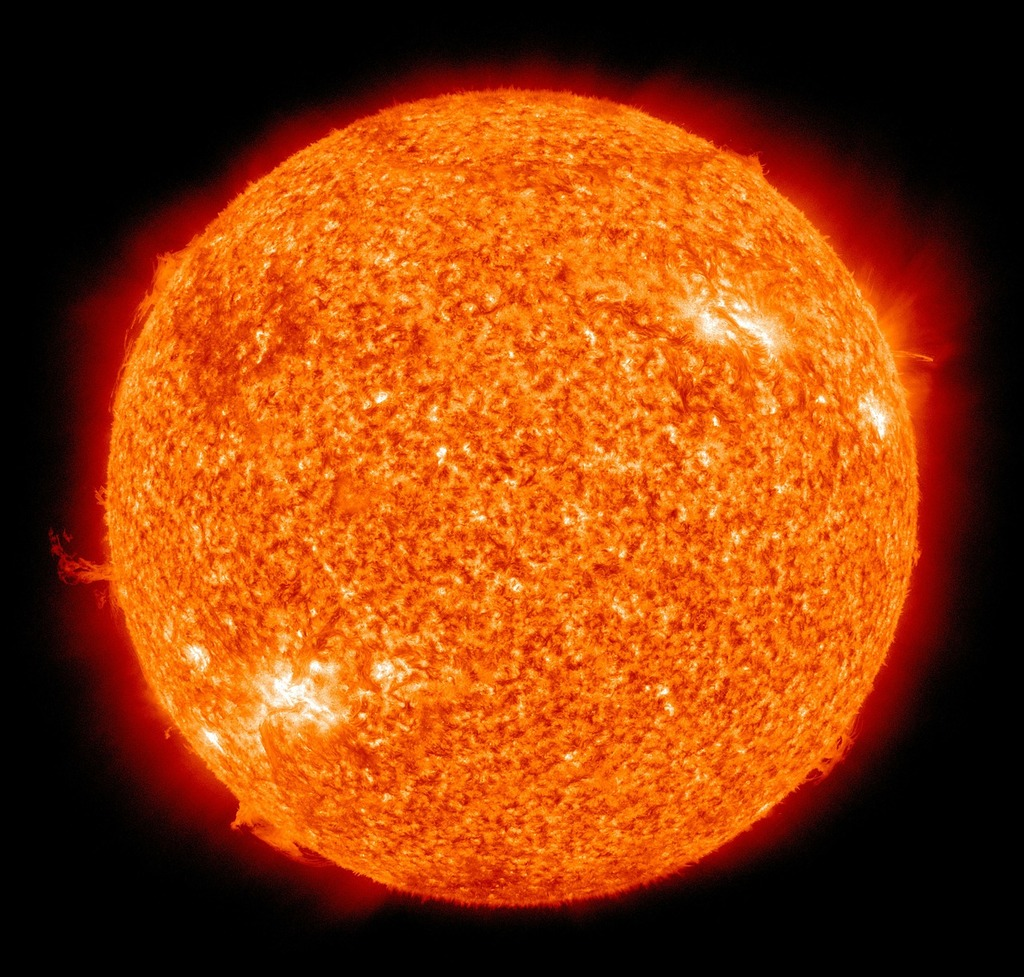 Sun fireball solar flare, science technology.